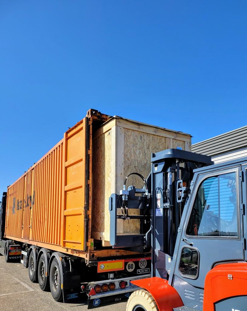 Emco France - Prestation de chargement et empotage de container pour nos clients